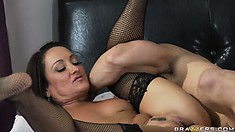 He gets a lucky first date who wanted his cock and he drills her