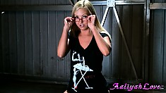 Glorious girlie looks even kinkier in those black panties and glasses