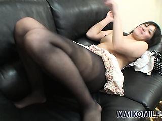 chernie-kolgotki-porno-video