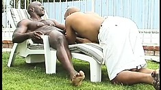 Hunky black beef cakes enjoy a wild outdoor cock-sucking action