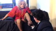 Mistress Ilsa gets her pussy and her sexy feet licked by her slaved