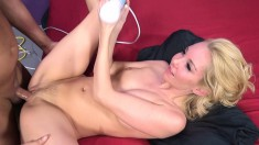 Aaliyah Love and her fuck buddy get it on while she uses a vibrator
