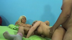 Heidi Hollywood, Bibi Noel and Laela Pryce get pounded hard together
