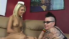 Aubrey Addams loves getting licked by punk rock lesbian hottie