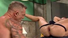 Tattooed guy fists his boyfriend's sweet anal hole the way he loves it